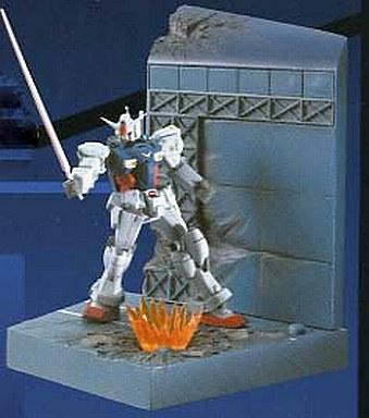 【中古】フィギュア ガンダム試作1号機(ゼフィランサス)「機動戦士ガンダム0083 STARDUST MEMORY」ウェザリング&ライトアップジオラマ?ガンダムVSガンダム?