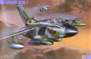 """【中古】プラモデル 1/72 パナビア トーネードGR Mk.1 """"イギリス/サウジアラビア空軍"""" 「K28」 [04028]"""