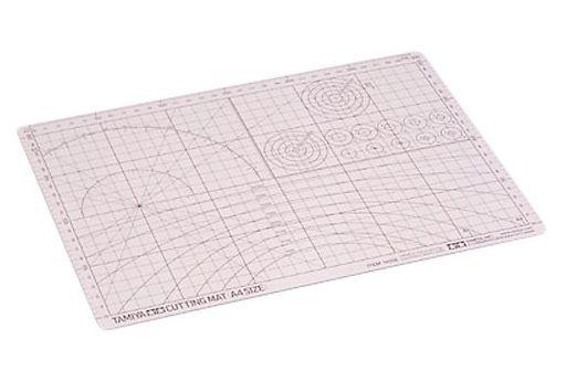 タミヤ 新品 工具・デカール カッティングマット(A4サイズ) 「クラフトツールシリーズ No.56」 [74056]