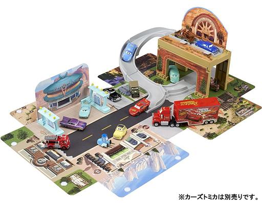 【中古】おもちゃ あそべるマップ ラジエーター・スプリングス 「カーズ トミカ」