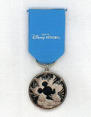 【中古】小物(キャラクター) ミッキーマウス シルバーメダル 「ディズニー」 東京ディズニーリゾート JCBスマイルキャンペーン景品