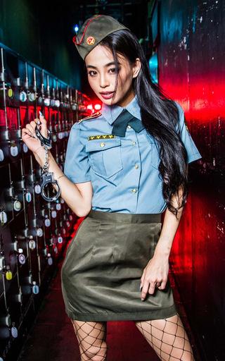 BODYLINE 新品 コスプレ衣装・グッズ(キャラクター) ミリタリーポリス コスプレ サックス×グリーン Lサイズ