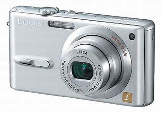 【中古】カメラ パナソニック デジタルカメラ LUMIX 600万画素 (シルバー) [DMC-FX9-S](状態:箱・SDメモリーカード欠品)