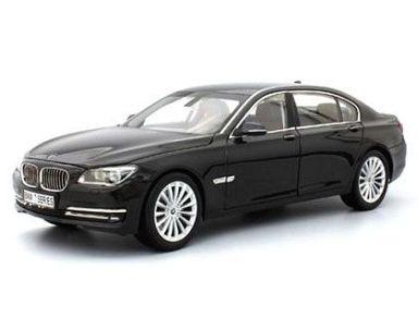 【予約】ミニカー 1/18 BMW 750LI F02 (カーボンブラック) [KS08784BK]
