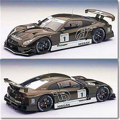 【中古】ミニカー 1/18 日産 GT-R GT500 ステルスモデル 1/18スケールヘルメット付属・スペシャルパッケージ入り [81041]