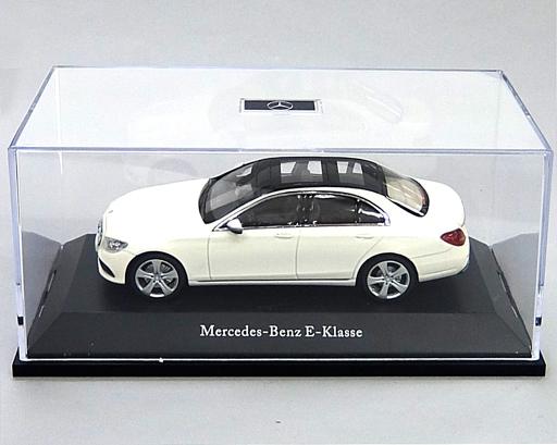 【中古】ミニカー 1/43 Mercedes-Benz E-Class(ホワイト×ブラック) [B66960378]
