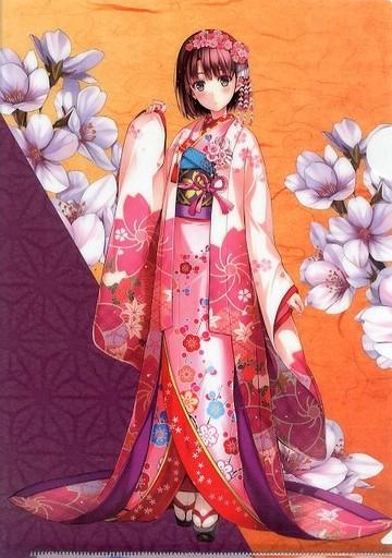 着物を着た加藤恵