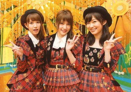 【中古】生写真(AKB48・SKE48)/アイドル/AKB48 加藤玲奈・入山杏奈・指原莉乃/横型/CD「唇にBe My Baby」ヤマダ電機特典生写真