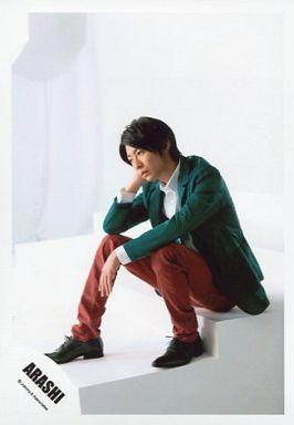 緑のジャケットの相葉雅紀