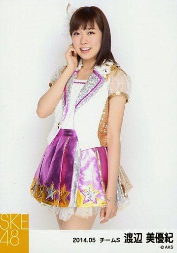【中古】生写真(AKB48・SKE48)/アイドル/SKE48 渡辺美優紀/膝上・右手顔/「NHK紅白ステージ衣装」「2014.05」個別生写真