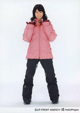 【中古】生写真(ハロプロ)/アイドル/Berryz工房 Berryz工房/菅谷梨沙子/全身・衣装ピンク・黒・スキーウェア・両手グー・親指立て・笑顔/2Lサイズ/公式生写真