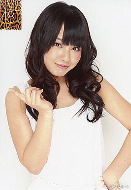 【中古】生写真(AKB48・SKE48)/アイドル/NMB48 山田菜々/腰上・衣装白・左手腰/公式生写真