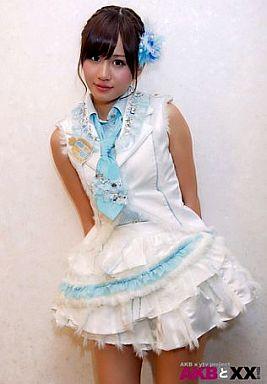 衣装の前田敦子