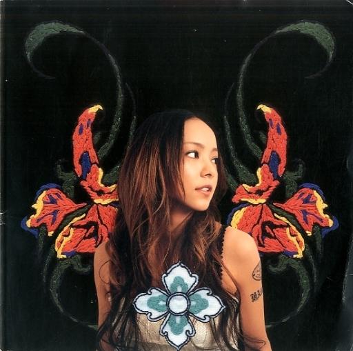 ランクB)付録無)パンフ)namie amuro SO CRAZY tour featuring BEST singles 2003~2004