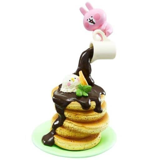 3.チョコがけホットケーキタワー 「カナヘイの小動物 ピスケ&うさぎ とろ~り至福のチョコスイーツ」