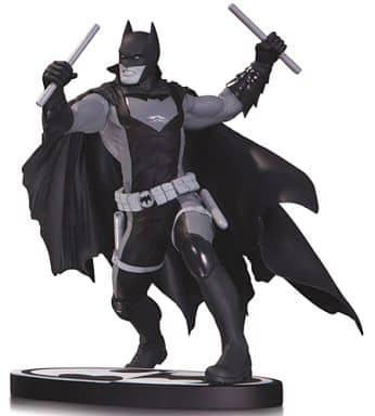 バットマン ニコラ・スコット版 「バットマン アース2」 ブラック&ホワイト スタチュー