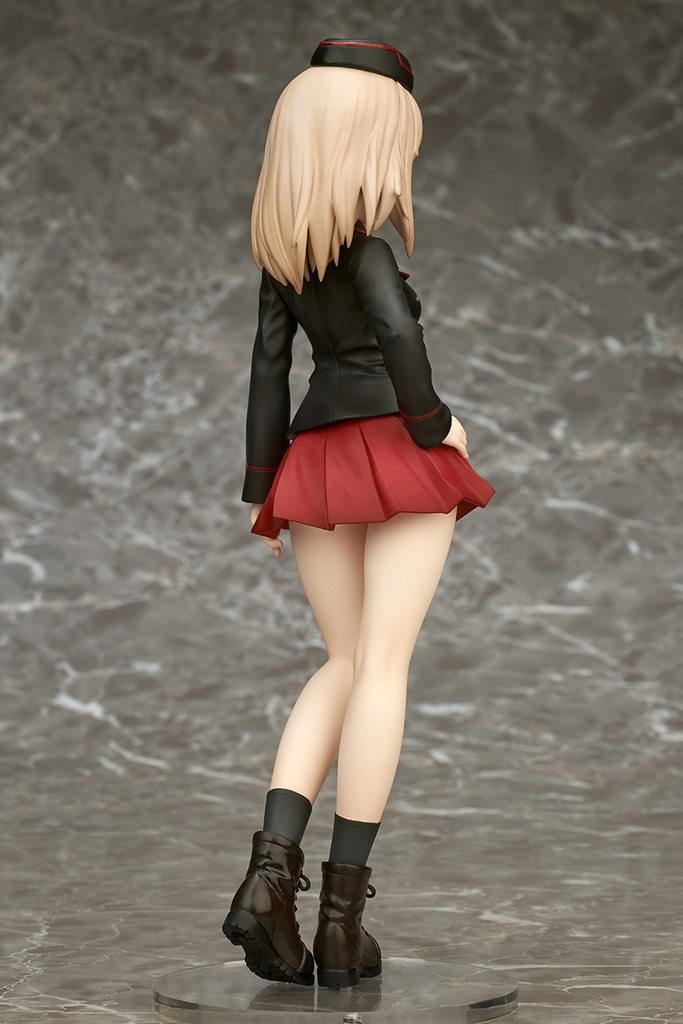 "Erika Itsumi ""Girls und Panzer Movie version"" 1: 7 Pre-painted PVC Figure"