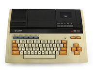 パソコン本体 MZ-700