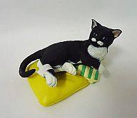 ブルーノ(クッション色/黄・緑) 「ナーゴコレクション 第5弾~ナーゴの猫町めぐり~」