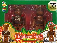 [箱欠品] BE@RBRIC-ベアブリック- 35.ドナルドダック ミルクチョコVer.&デイジーダック ミルクチョコVer. 「Happyくじ ディズニー Christmas Party BE@RBRIC」 ペアボックス賞