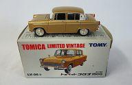 1/64 TLV-06b トヨペットコロナ1500 (ブラウン) 「トミカ リミテッドヴィンテージ」