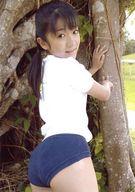大西杏奈/膝上・衣装白.紺・ブルマ・振り向き・両手木/DVD「Noah 30」生写真