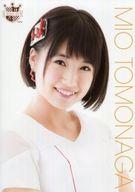 朝長美桜/バストアップ・衣装白/AKB48 CAFE & SHOP限定 A4サイズ生写真ポスター 第98弾