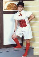 おニャン子クラブ/永田ルリ子/全身・衣装白赤・リボン・左手腰・右足上げ/公式生写真