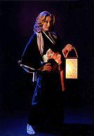 井上晴美(松本乱菊)/全身・衣装黒・右手腰・左手灯篭・キャラクターショット/ROCK MUSICAL BLEACH THE ALL