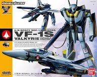 1/72 VF-1S バルキリー ロイ・フォッカー機 「超時空要塞マクロス」 [0184464]