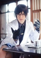 "Kitamura Ryo (Kenken Fujiro) / above the knee · white clothing · sitting · desk · character shot / stage ""'Touken Ranbu' 'The Ekiden Buruma Honnoji' Trading bromide"