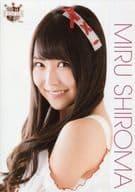 白間美瑠/バストアップ・衣装白/AKB48 CAFE & SHOP限定 A4サイズ生写真ポスター 第98弾