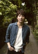"Wada Takuma / Knee / Costume blue / Two-handed pocket / Incentive / Walk along a path / Movie ""Sea Opening Sea opening"" (Tokyo / Fukuoka venue) completion showcasing event photo"